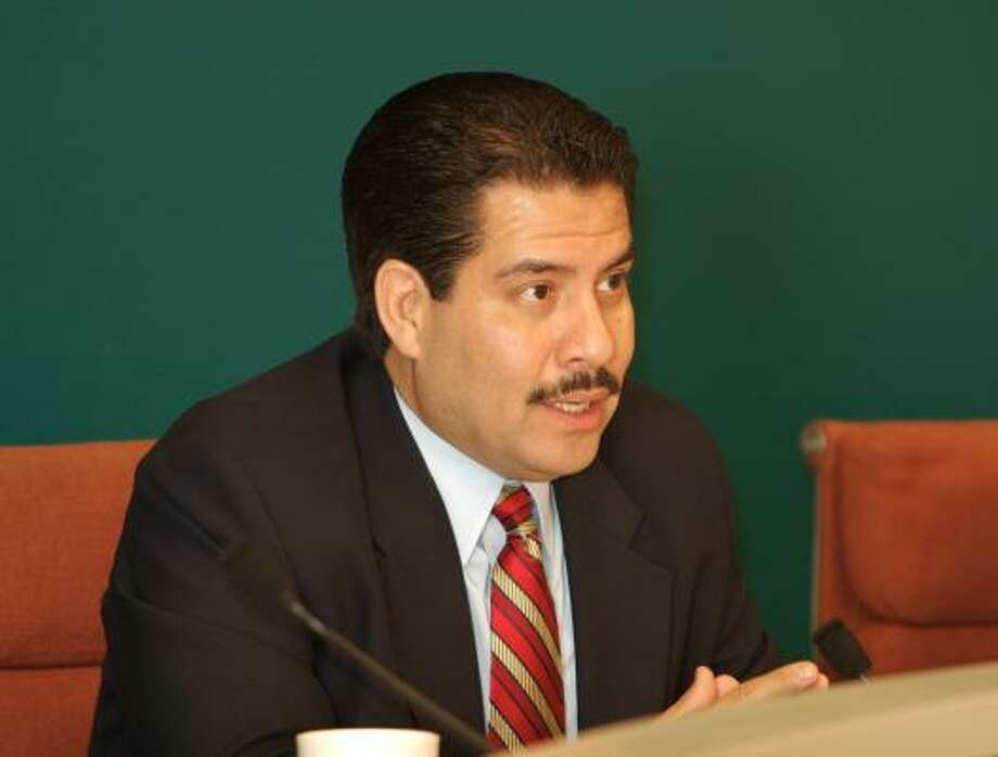 Adrian Garcia, who currently chairs the City Council's Public Safety and Homeland Security Committee, served as a Houston police officer. Photo: Eric S. Swist, La Voz
