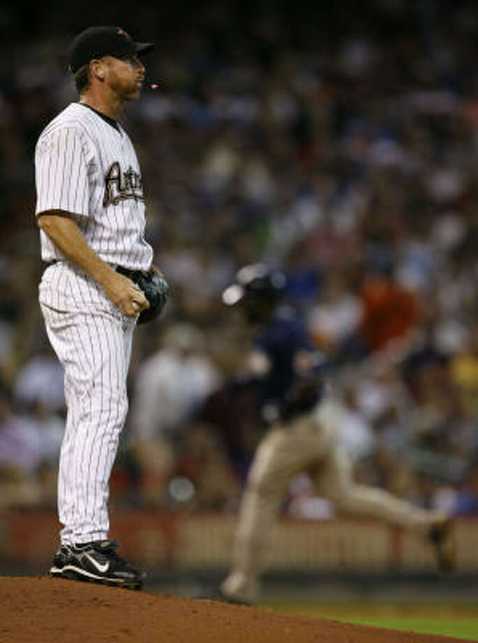 Astros pitcher Woody Williams gave up a team-high 35 home runs in 2007. The Astros gave up a league-leading 206 home runs in 2007 and will look to curve that statistic this season with the additions of relievers Oscar Villarreal and Jose Valverde. Photo: Melissa Phillip, Houston Chronicle