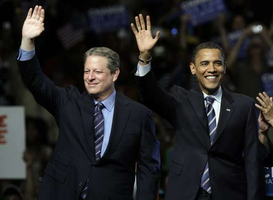 "Al Gore endorsed Barack Obama on Monday night in Michigan. ""After eight years when our Constitution has been dishonored and disrespected, we need changes,"" Gore said. Photo: PAUL SANCYA, ASSOCIATED PRESS"