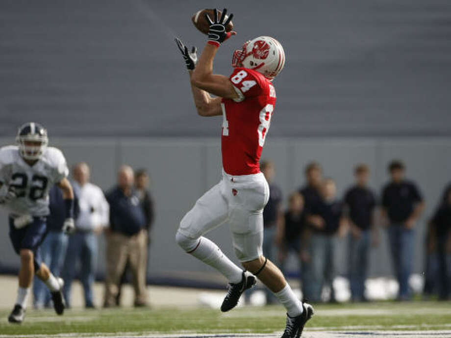 Two long TD receptions by Taylor Brandt on Saturday helped Katy advance. Photo: Julio Cortez, Chronicle