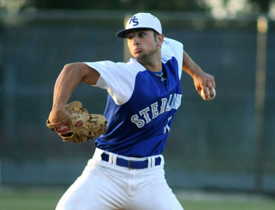 Former Baytown Sterling pitcher Hunter Cervenka has had to wait on Manny Ramirez to get his own contract done. Photo: Jerry Baker, For The Chronicle