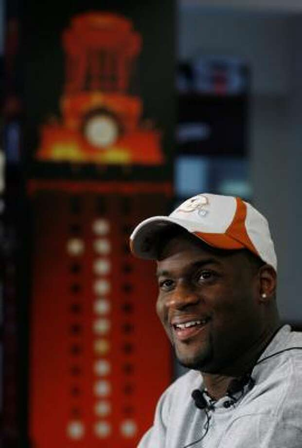 Tennessee Titans quarterback Vince Young was back on campus at the University of Texas, where he hopes to complete his academic requirements and graduate. Photo: HARRY CABLUCK, ASSOCIATED PRESS