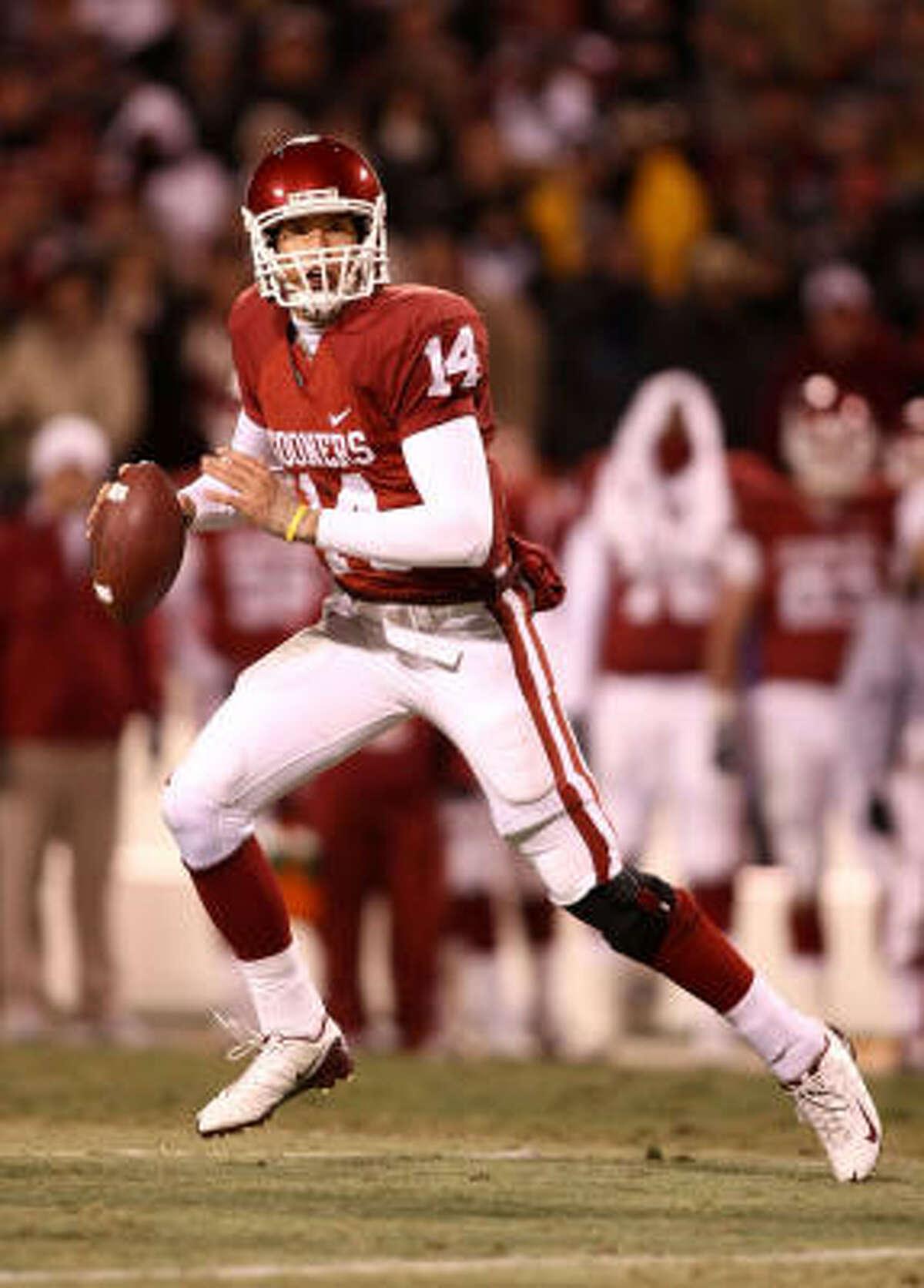 Oklahoma quarterback Sam Bradford has thrown for 48 touchdowns this season. Bradford received 1,726 points to win the Heisman by 122 points.
