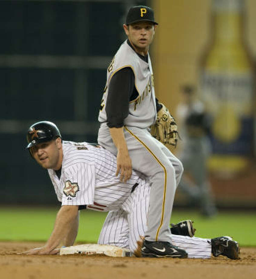 6f799d279 Monday night was a tough night for Astros players such as Lance Berkman  (shown here