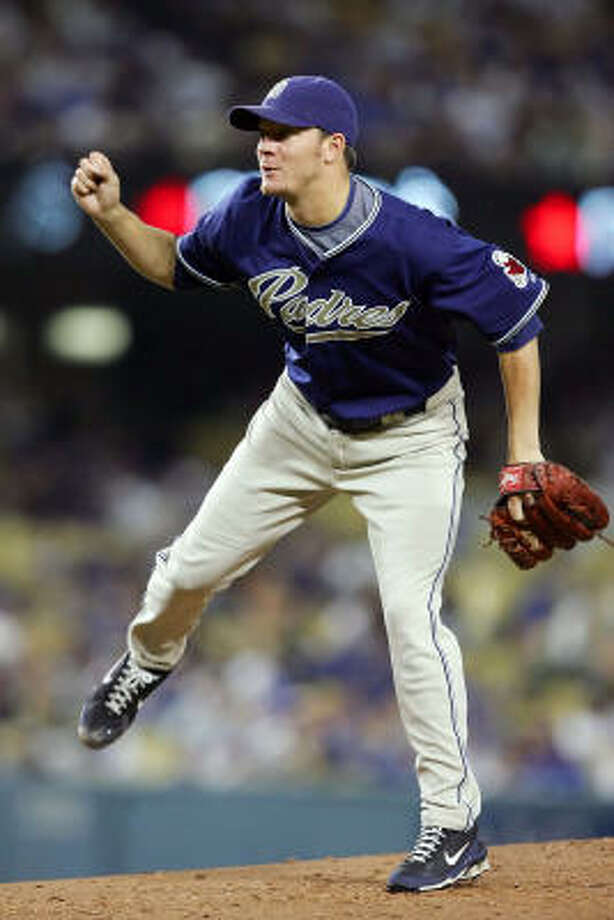Jake Peavy went 10-11 this season, but there was no significant downturn in his ERA. Photo: Lisa Blumenfeld, Getty Images