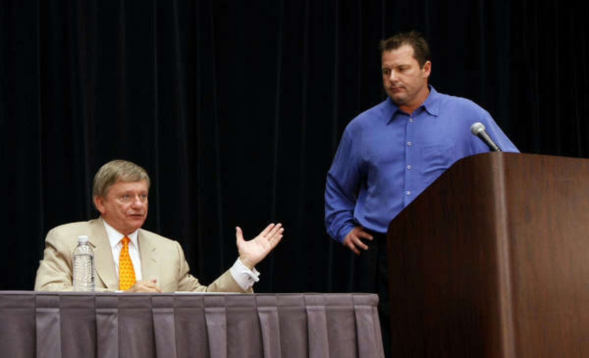 Roger Clemens (with Rusty Hardin) told trainer Brian McNamee recently that he just wanted the truth to come out.
