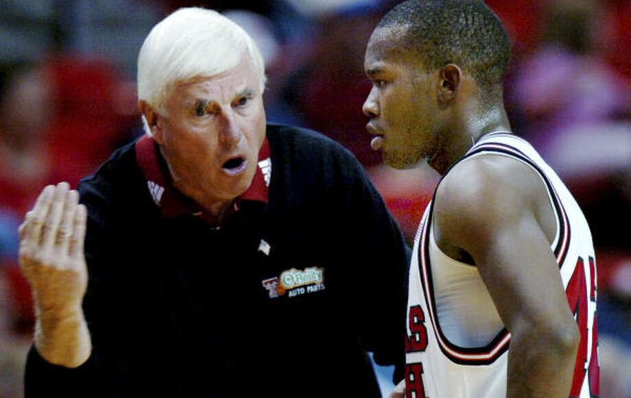 Bob Knight has won 20 or more games in 29 seasons at three schools. Photo: Joe Don Buckner, AP