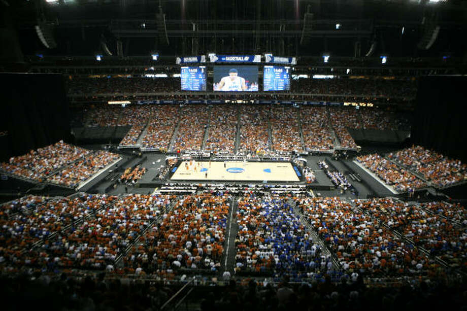 Reliant Stadium worked fine for the '08 South Regional and will host two Final Fours in a six-year span. Photo: Steve Campbell, Chronicle