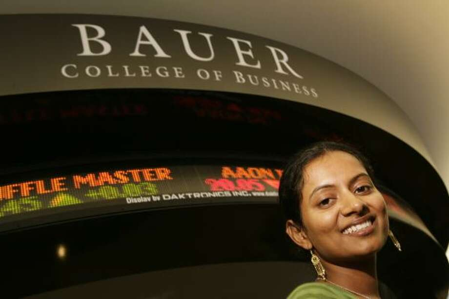 UH student Anuradha Narayan wants to run her own energy company in India. Photo: ERIC KAYNE, CHRONICLE