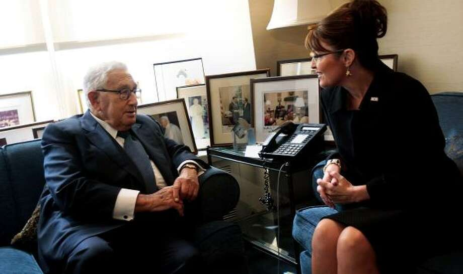 Sarah Palin met with former U.S. Secretary of State Henry Kissinger, where they discussed U.S. foreign relations. Photo: CHRIS HONDROS, GETTY IMAGES