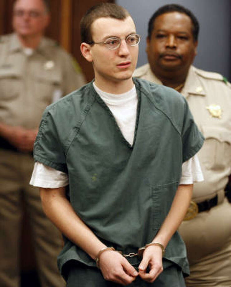 A jury convicted Joshua Royce Mauldin of injury to a child for burning his 2-month-old daughter in a microwave and also found that he used a deadly weapon -- the microwave oven -- in commission of the crime. Photo: Jennifer Reynolds, AP