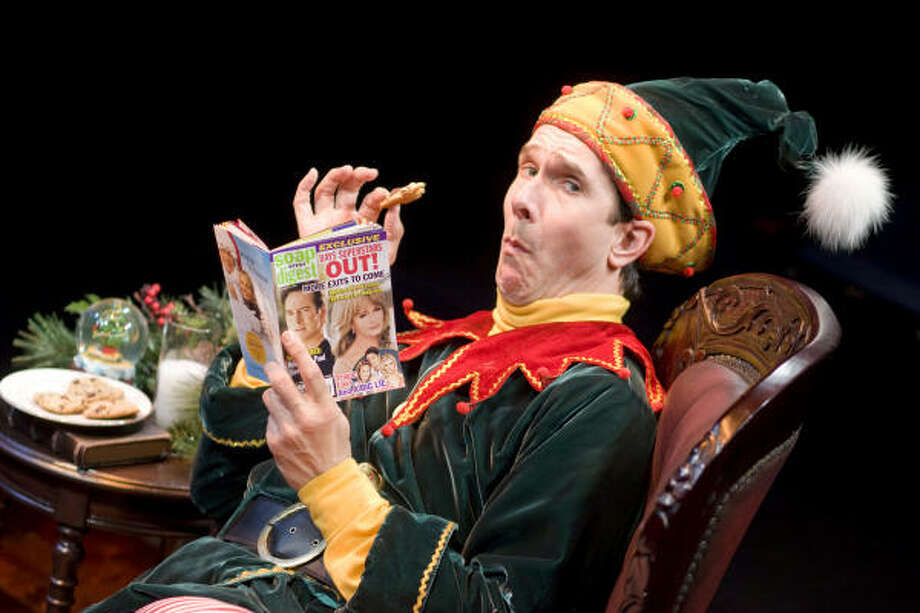 ELF HUMOR: Todd Waite plays Crumpet, a disgruntled elf, in the play The Santaland Diaries at the Alley Theatre. Photo: Nick De La Torre, Chronicle