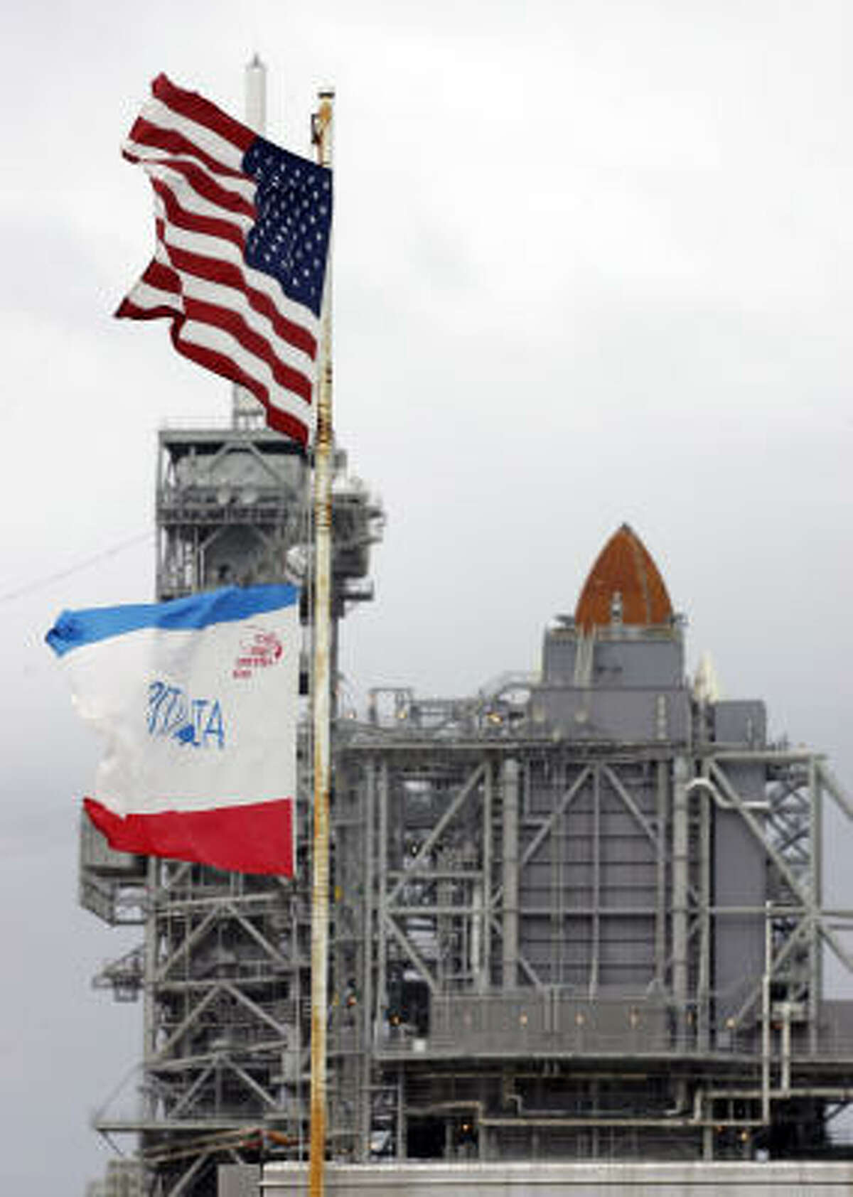 Space shuttle Atlantis sits on pad 39a at the Kennedy Space Center in Cape Canaveral, Fla., on Jan. 3, 2008.