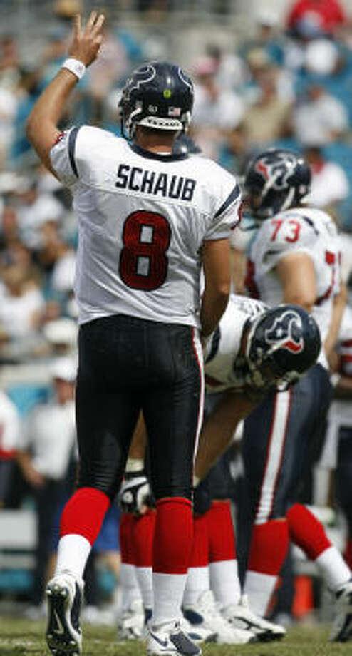 Quarterback Matt Schaub might not be perfect, but his game proves he deserves the starting job. Photo: Karen Warren, Houston Chronicle