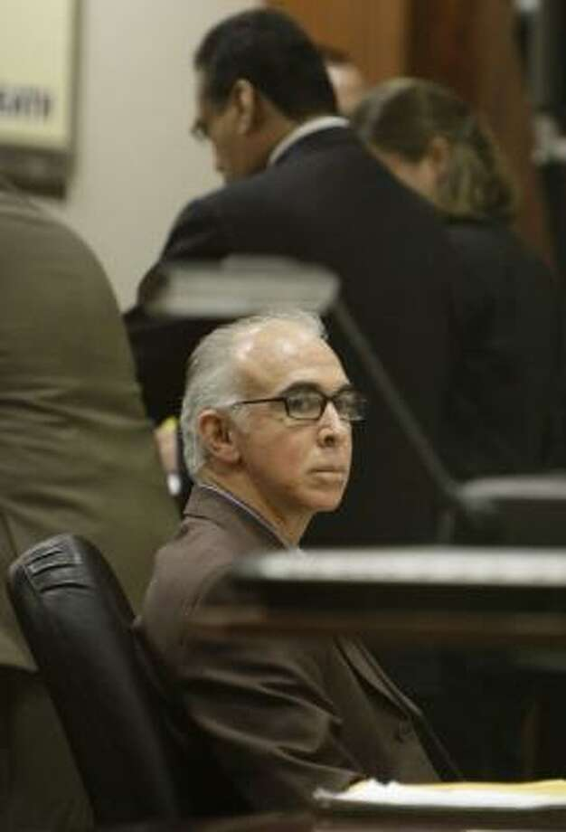 Attorney Steven Bearman awaits his sentence Thursday. Photo: KAREN WARREN, CHRONICLE