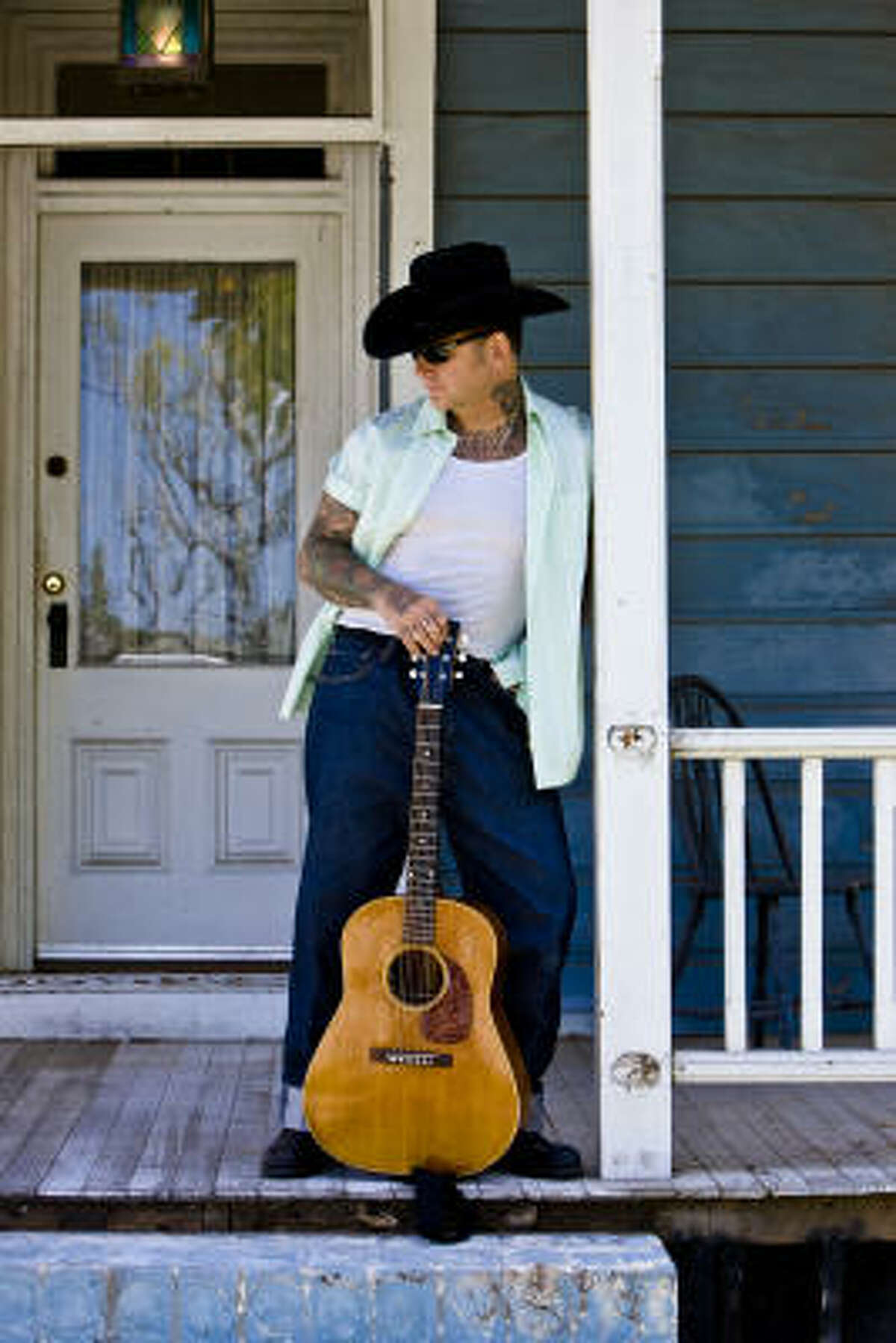 Social Distortion's Mike Ness will play rootsy original songs in his solo gigs.
