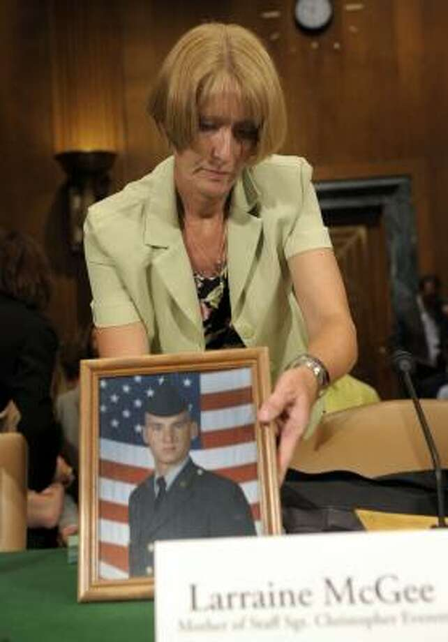 Larraine McGee, of Huntsville, prepares to speak to apanel about the electrocution of her son, Staff Sgt. Christopher Everett. Photo: SUSAN WALSH, ASSOCIATED PRESS