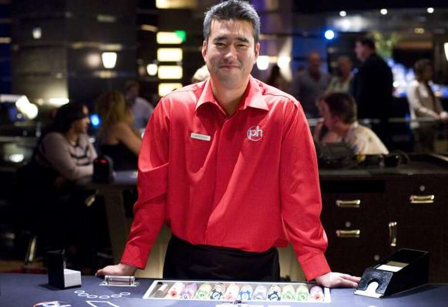 21is based on the true story of card-counting gambler and former MIT student Jeff Ma, who had a cameo appearance in the film. Photo: PETER IOVINO, SONY PICTURES