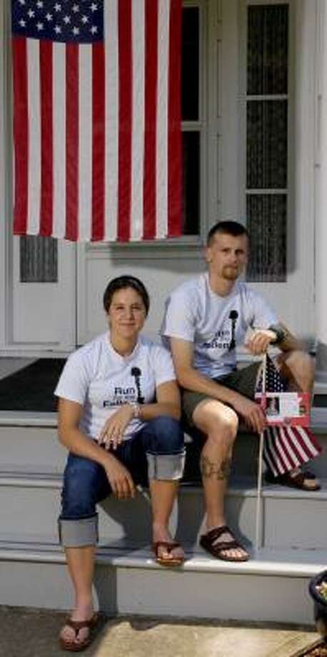 Shauna Sweet and Jon Bellona are taking part in a memorial relay run that began Saturday in California. Photo: KEVIN RIVOLI, ASSOCIATED PRESS