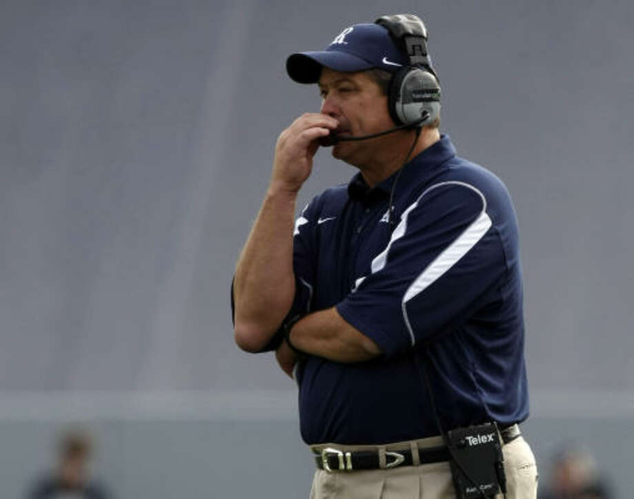 Rice coach David Bailiff led his team to a 9-3 record and a second straight bowl bid. Photo: Johnny Hanson, Houston Chronicle