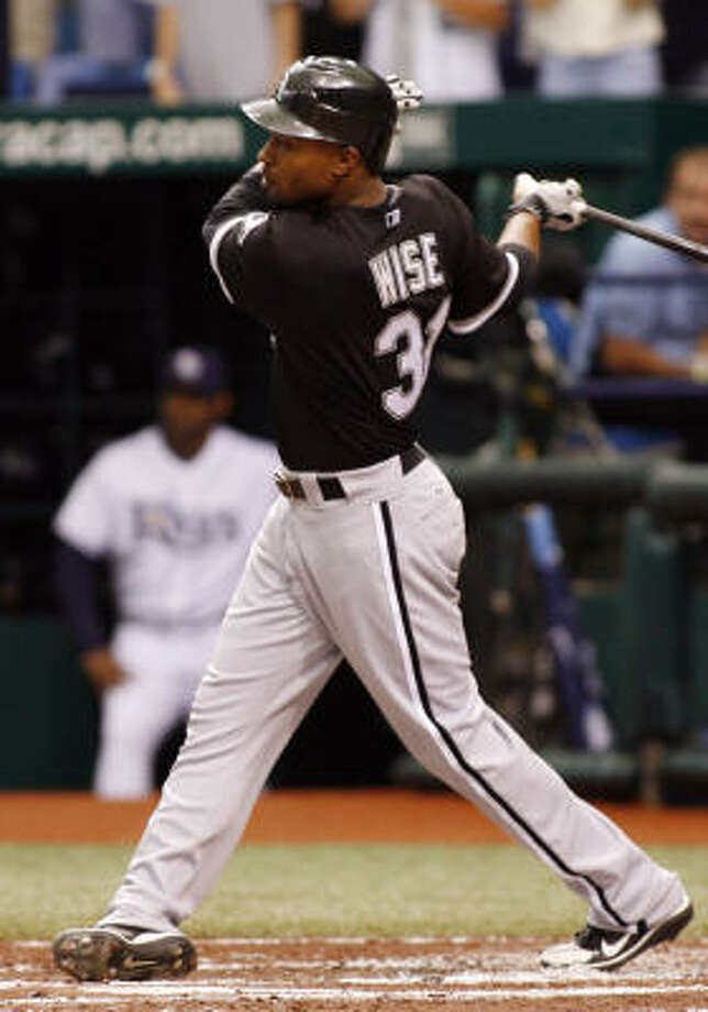 Dewayne Wise homers for the White Sox. Photo: Mike Carlson, AP