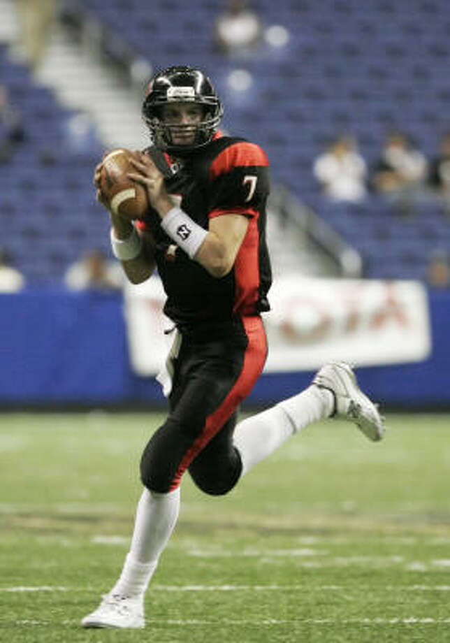 Lake Travis quarterback Garrett Gilbert has decided, for the moment, to commit to the Longhorns for 2009. Photo: Toby Jorrin, SPECIAL TO THE CHRONICLE