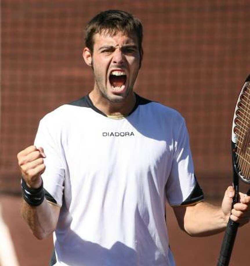 Marcel Granollers-Pujol of Spain celebrates his 3-6, 7-5, 6-3 victory over American Wayne Odesnik in Saturday's semifinals. Photo: MAYRA BELTRÁN, CHRONICLE