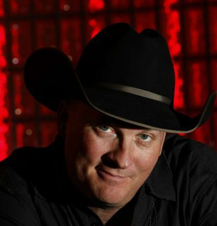 Austin-based musician Kevin Fowler makes his first appearance on RodeoHouston's main stage tonight. Photo: JOHNNY HANSON, CHRONICLE