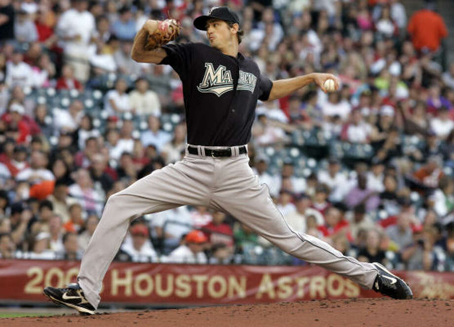 Marlins pitcher Andrew Miller delivers in the second inning. Photo: Pat Sullivan, AP