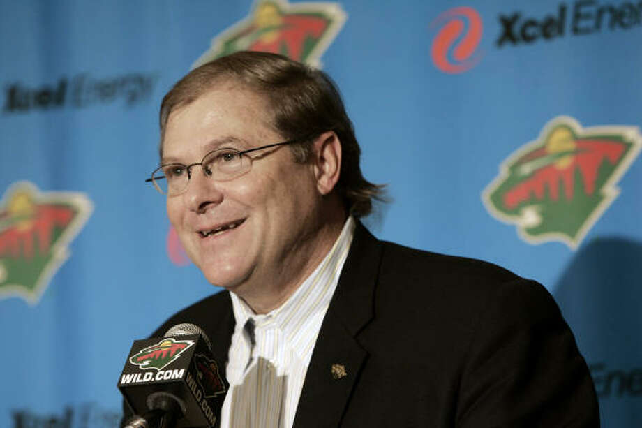 New Minnesota Wild and Houston Aeros owner Craig Leipold addresses the crowd at a news conference. Photo: Jim Mone, AP
