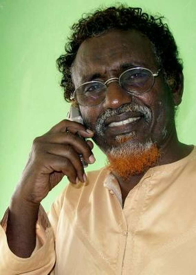 Sheik Hassan Dahir Aweys, shown in August 2006, is suspected by the U.S. of collaborating with al-Qaida. Photo: MOHAMED SHEIKH NOR, ASSOCIATED PRESS FILE