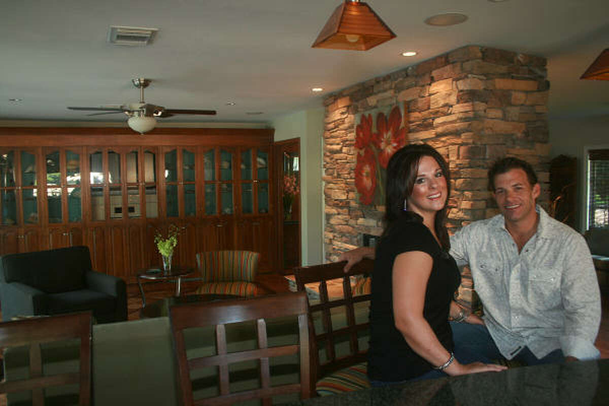 Lindsey and Chris Kimble recently renovated their home in the Glenbrook Valley subdivision near Hobby Airport.
