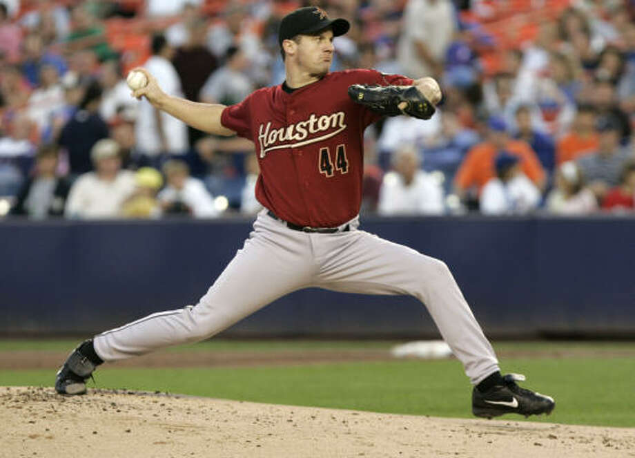 Astros pitcher Roy Oswalt retired the final 20 batters he faced in a row, but his personal five-game winning streak was still snapped. Photo: Frank Franklin II, AP