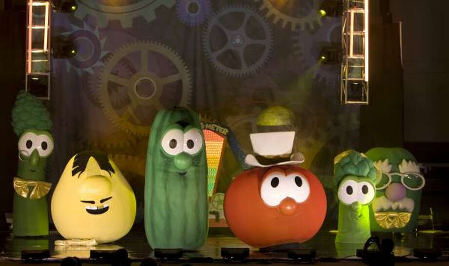 Larry the Cucumber and Bob the Tomato (front and center) star in the VeggieTales live show God Made You Special, which will be in Houston next week. Photo: BIG IDEA