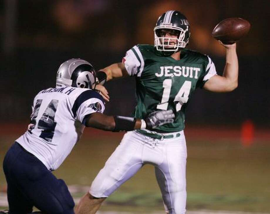 Strake Jesuit's nomadic trip through various 5A districts since joining the UIL has continued. Photo: Billy Smith II, Houston Chronicle