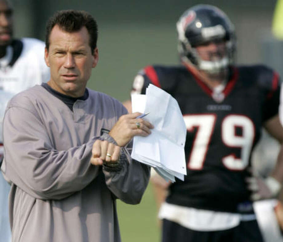 Gary Kubiak wants a crack at seeing what the new players can do. Photo: Brett Coomer, Chronicle