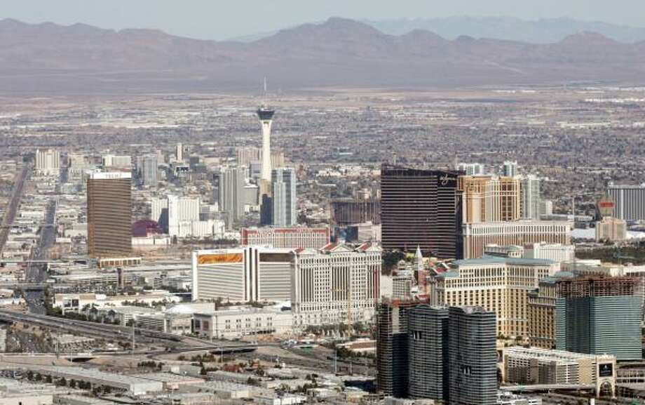 """Las Vegas is a popular U.S. vacation destination, and, according to Clem Bason of Hotwire, """"Vegas has been our best market in terms of savings year over year."""" Photo: SAUL LOEB, AFP/GETTY IMAGES"""