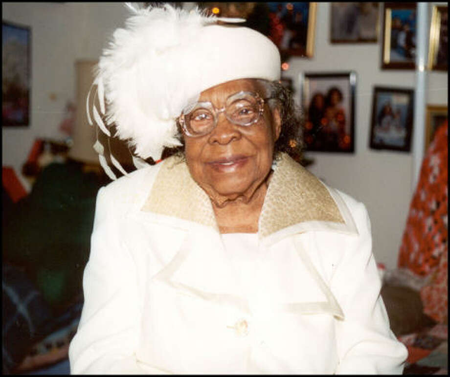 Amanda Roberts Jones died in her sleep Thursday. She was 110 years old. Photo: Family Photo