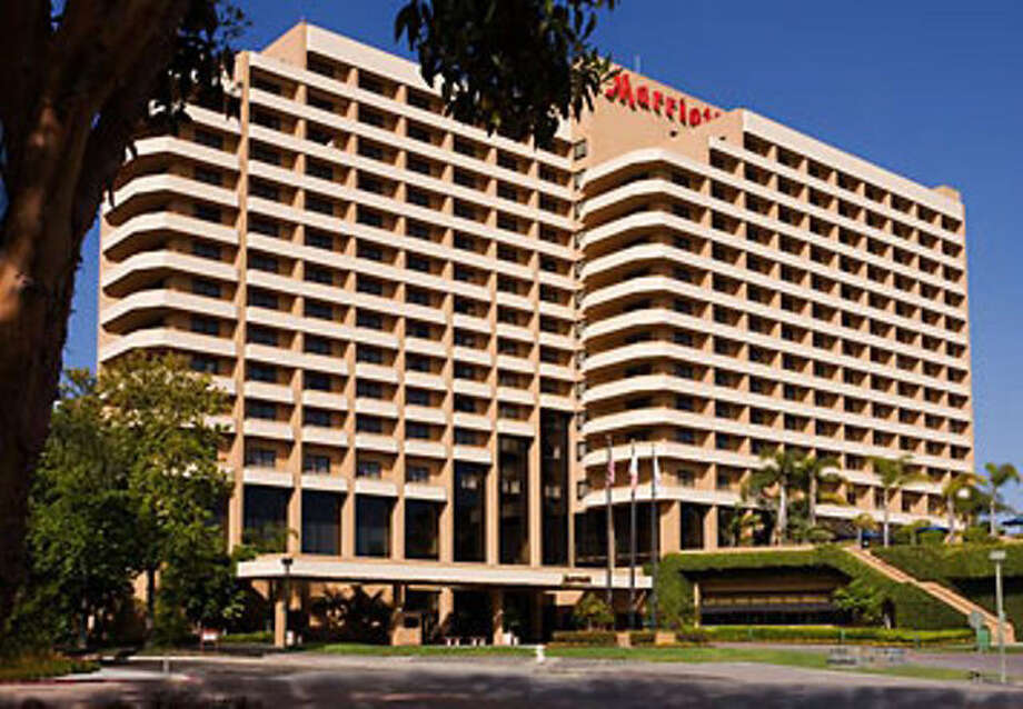 Hei Hotels Resorts In Norwalk Has Bought The 360 Room San Go Marriott La