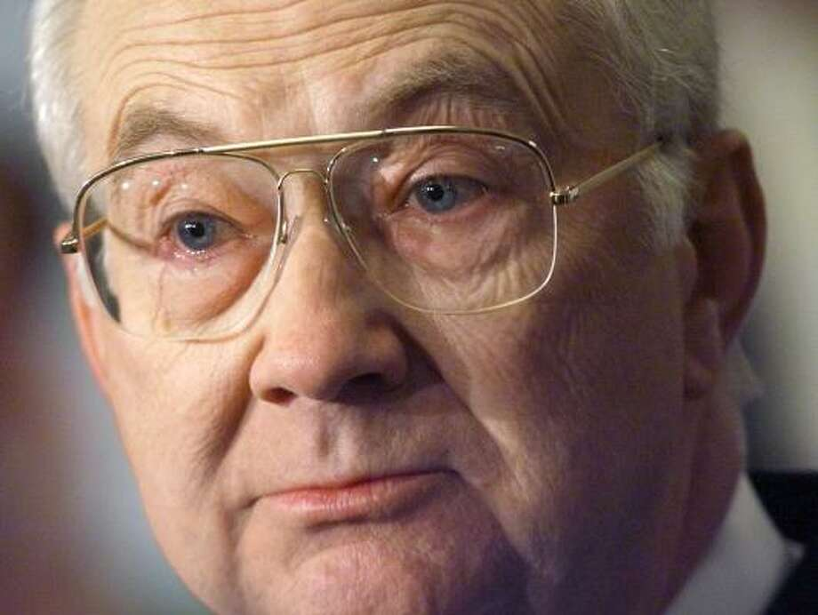 "Texas' Phil Gramm called the U.S. a ""nation of whiners"" about the economy. Photo: LUKE FRAZZA, AFP/GETTY IMAGES"