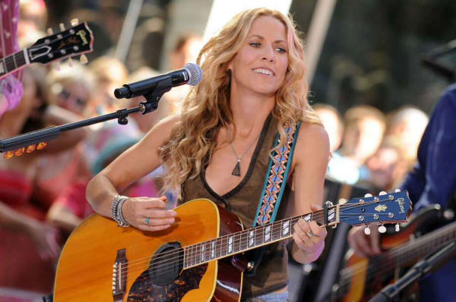 Sheryl Crow overcame a public breakup with Lance Armstrong and a breast cancer diagnosis to release what critics are calling her best album in more than a decade. Photo: Bryan Bedder, Getty Images