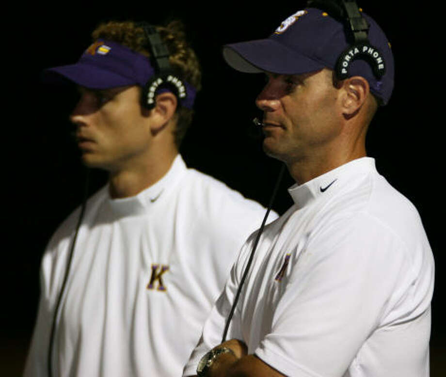 Kinkaid head coach Steve Victory stands with an assistant during a game against Second Baptist. Photo: Jason Brown, For The Chronicle