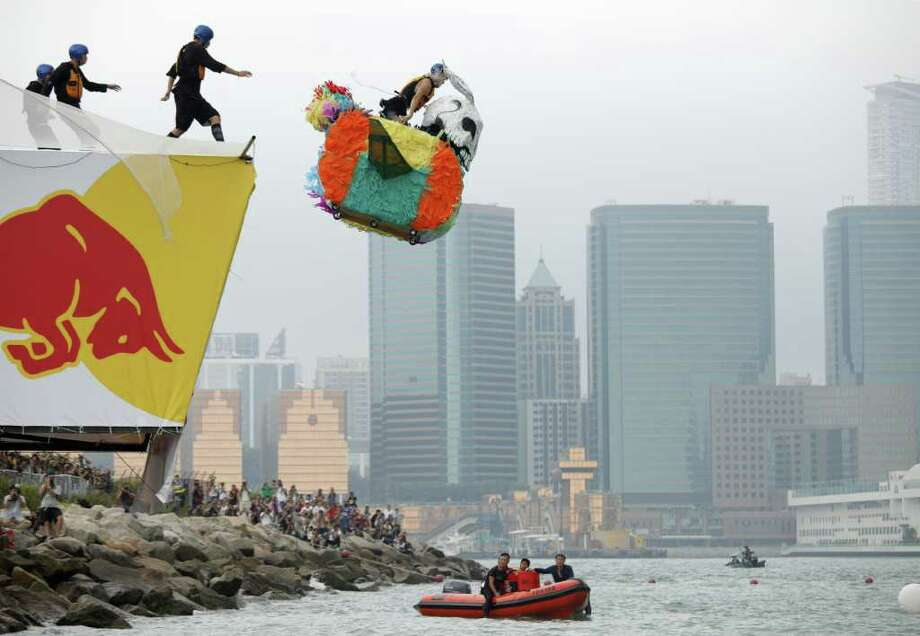 Now we move back to October 10, 2010, in Hong Kong. Photo: ED JONES, AFP/Getty Images / 2010 AFP