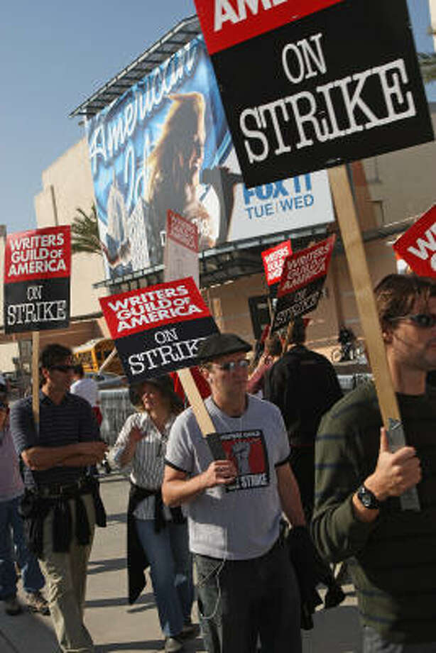 The Writers Guild of America strike has left thousands of people without jobs and has led to losses estimated at $1 billion or more. Photo: ROBYN BECK, AFP/Getty Images