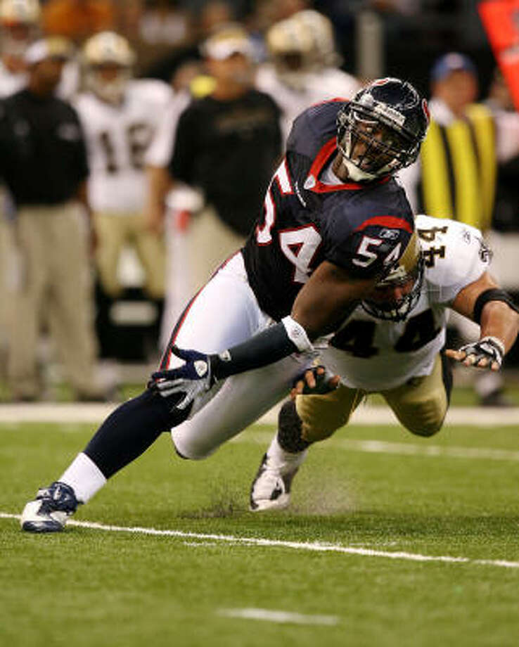 Zac Diles interception was a highlight of the Texans' defense against the Cowboys. Photo: Doug Benc, Getty Images