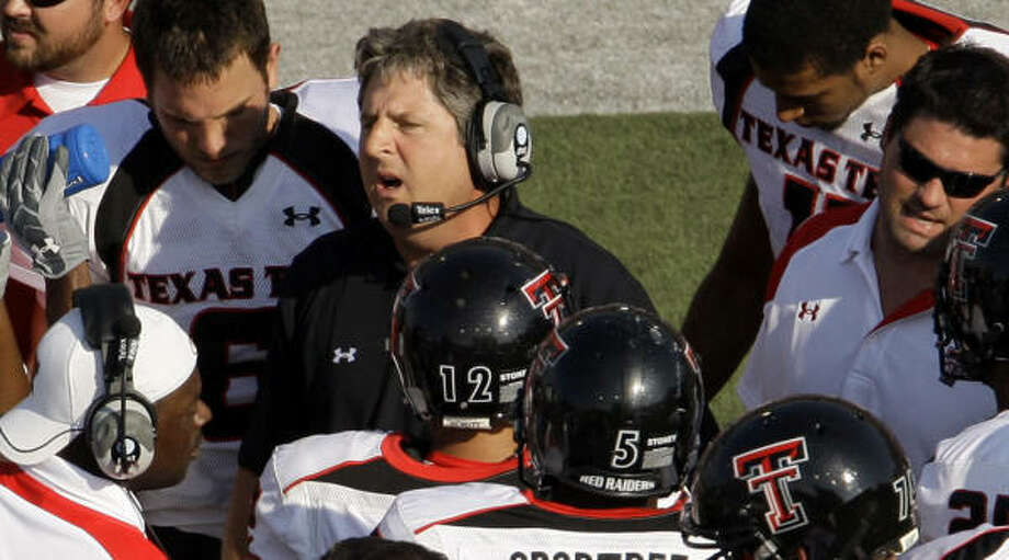 Frustration with his kickers prompted Mike Leach to make a casting call for replacements. Photo: Charlie Riedel, AP