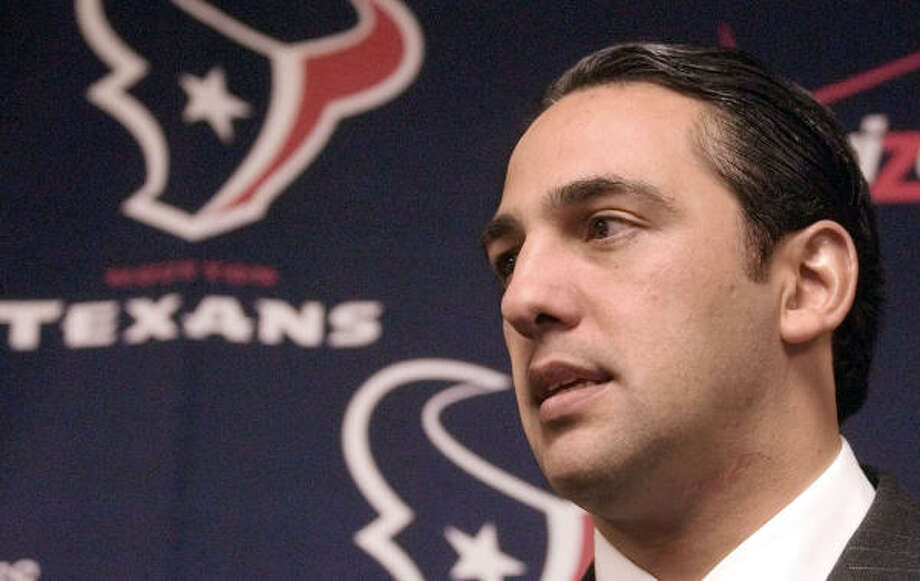Javier Loya, who has been one of owner Bob McNair's partners since 2002, was accused in a lawsuit by Alex Matturro of high-stakes gambling with Choice Energy employees and clients. Photo: PAT SULLIVAN, AP