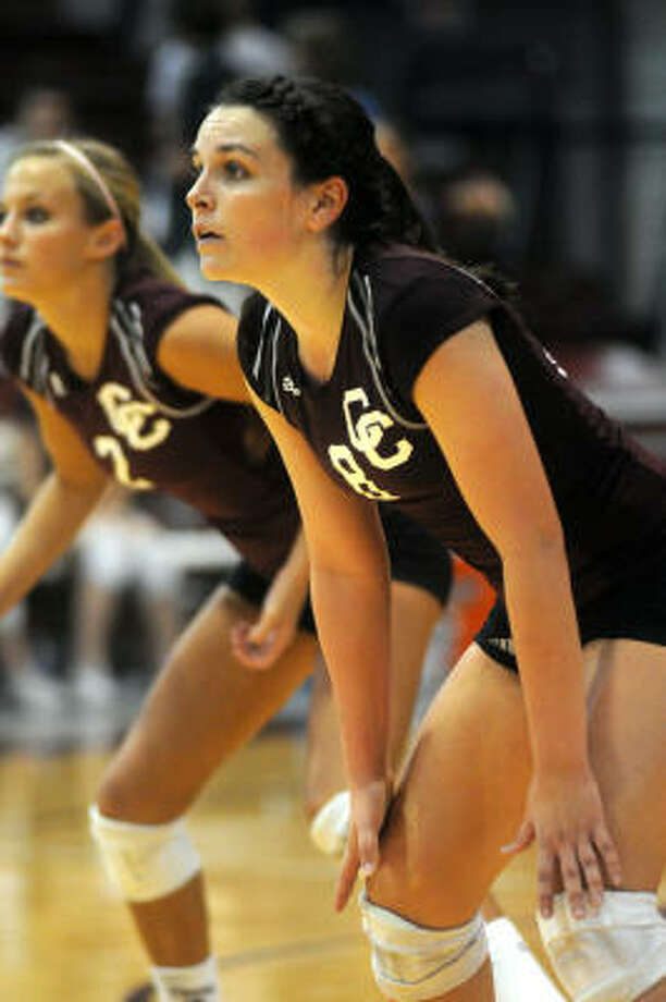 Rachel Hobaugh, left, and Megan Pendergast have helped Clear Creek move within two wins of a state championship. Photo: Jerry Baker, For The Chronicle