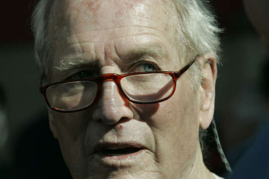 Actor Paul Newman has died at 83 after battling cancer, a spokeswoman said Saturday. Photo: Johnny Hanson, For The Chronicle