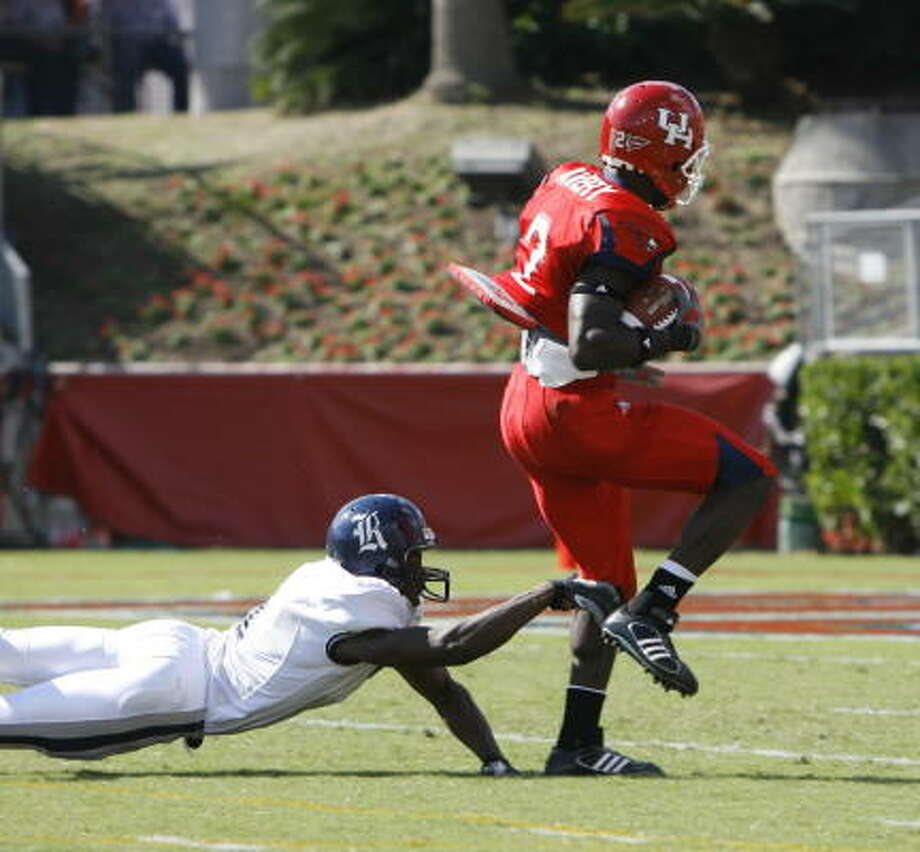 Rice already knows about Donnie Avery's fancy footwork. NFL scouts now know about it, too. Photo: Kevin Fujii, Chronicle